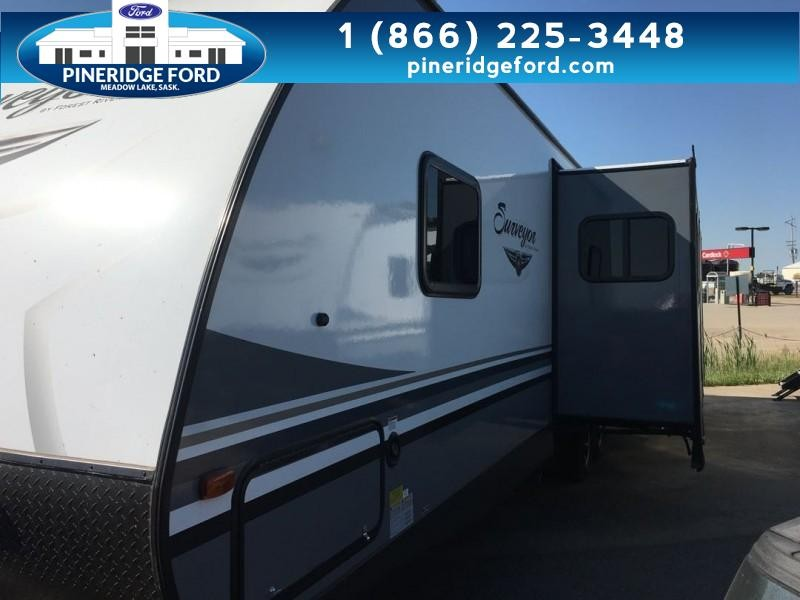 2019 Surveyor Svt322bhle TOWABLE (0T6287) Main Image