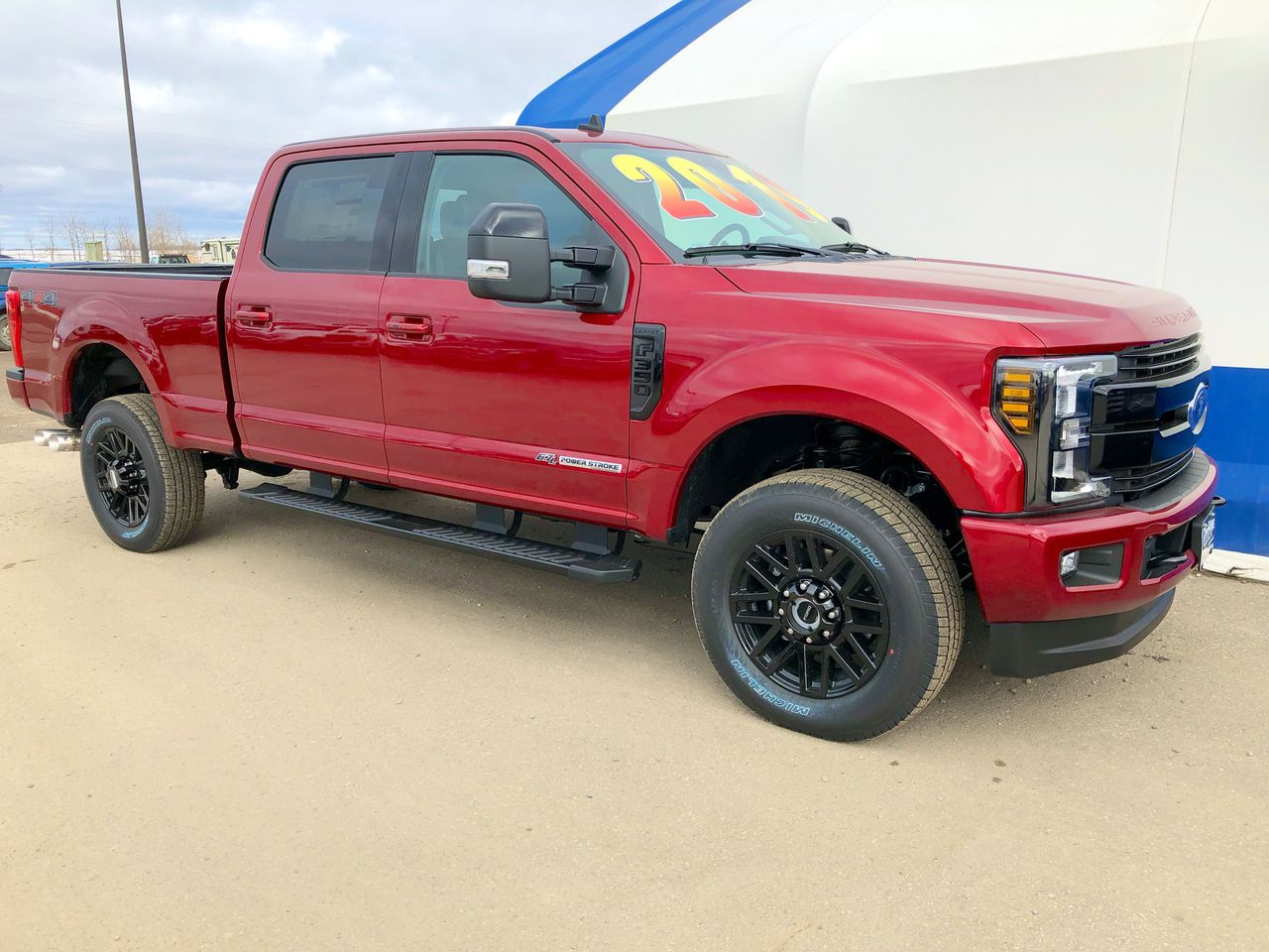 2019 Ford F-350 Super Duty Lariat (0N6458) Main Image