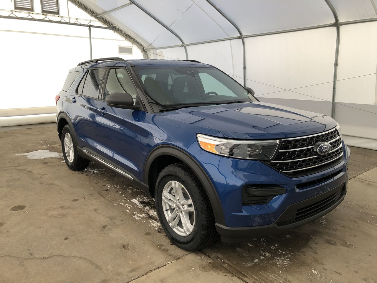 2020 Ford Explorer XLT (0N6641) Main Image