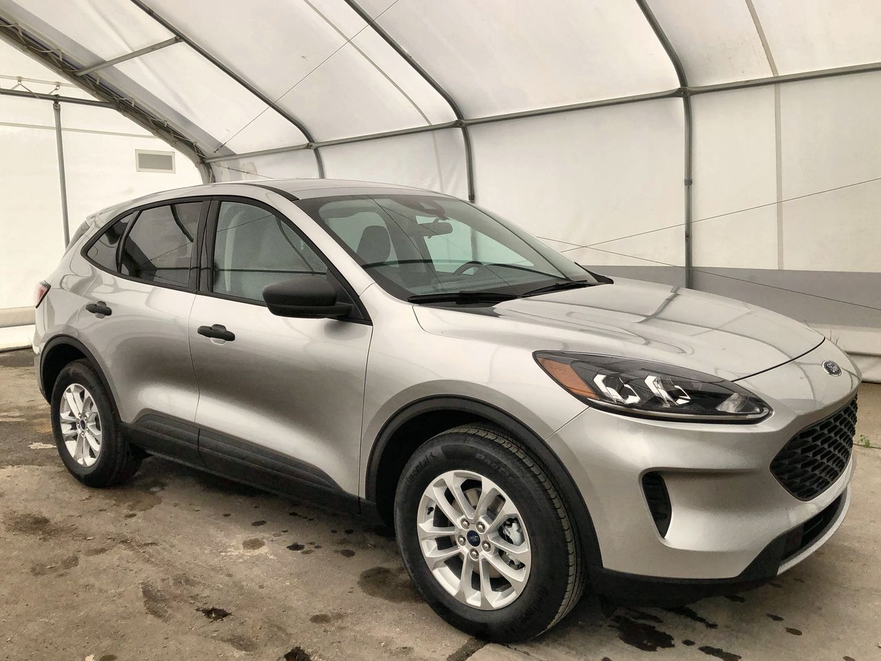 2020 Ford Escape S (0N6669) Main Image