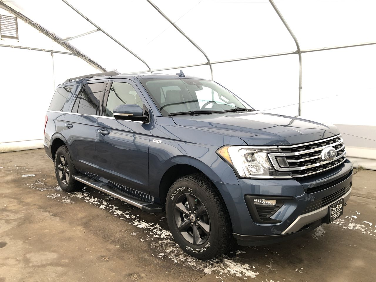 2020 Ford Expedition XLT (0N6802) Main Image